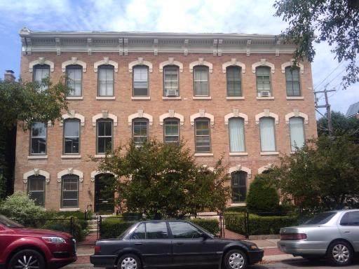 1842 Lincoln Park West Avenue - Photo 1