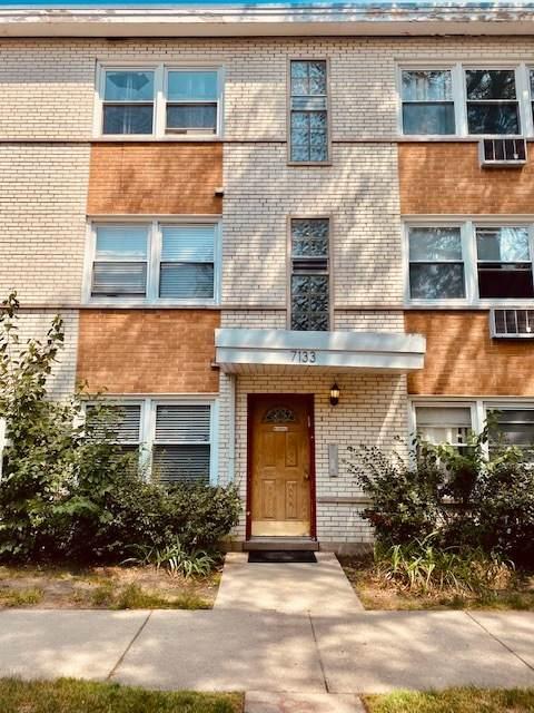 7133 Damen Avenue - Photo 1