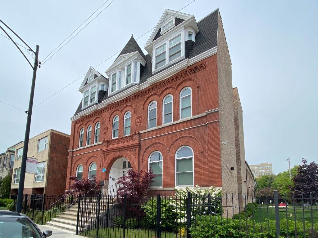 3140 Indiana Avenue - Photo 1