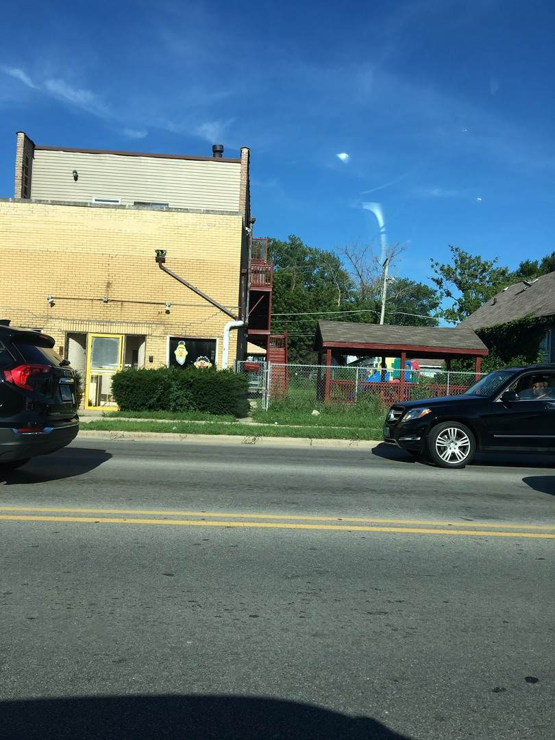 407 25th Avenue - Photo 1