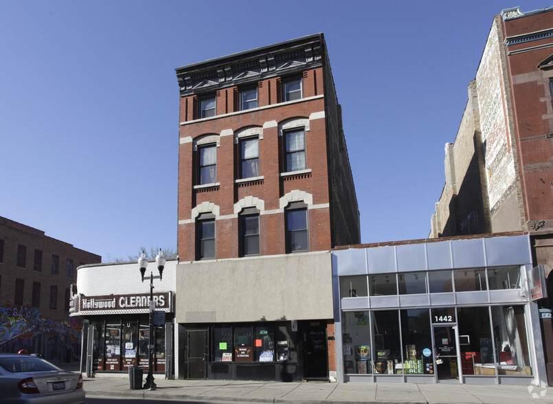 1440 Milwaukee Avenue - Photo 1