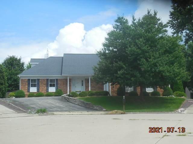 10 Lake Bluff Court - Photo 1