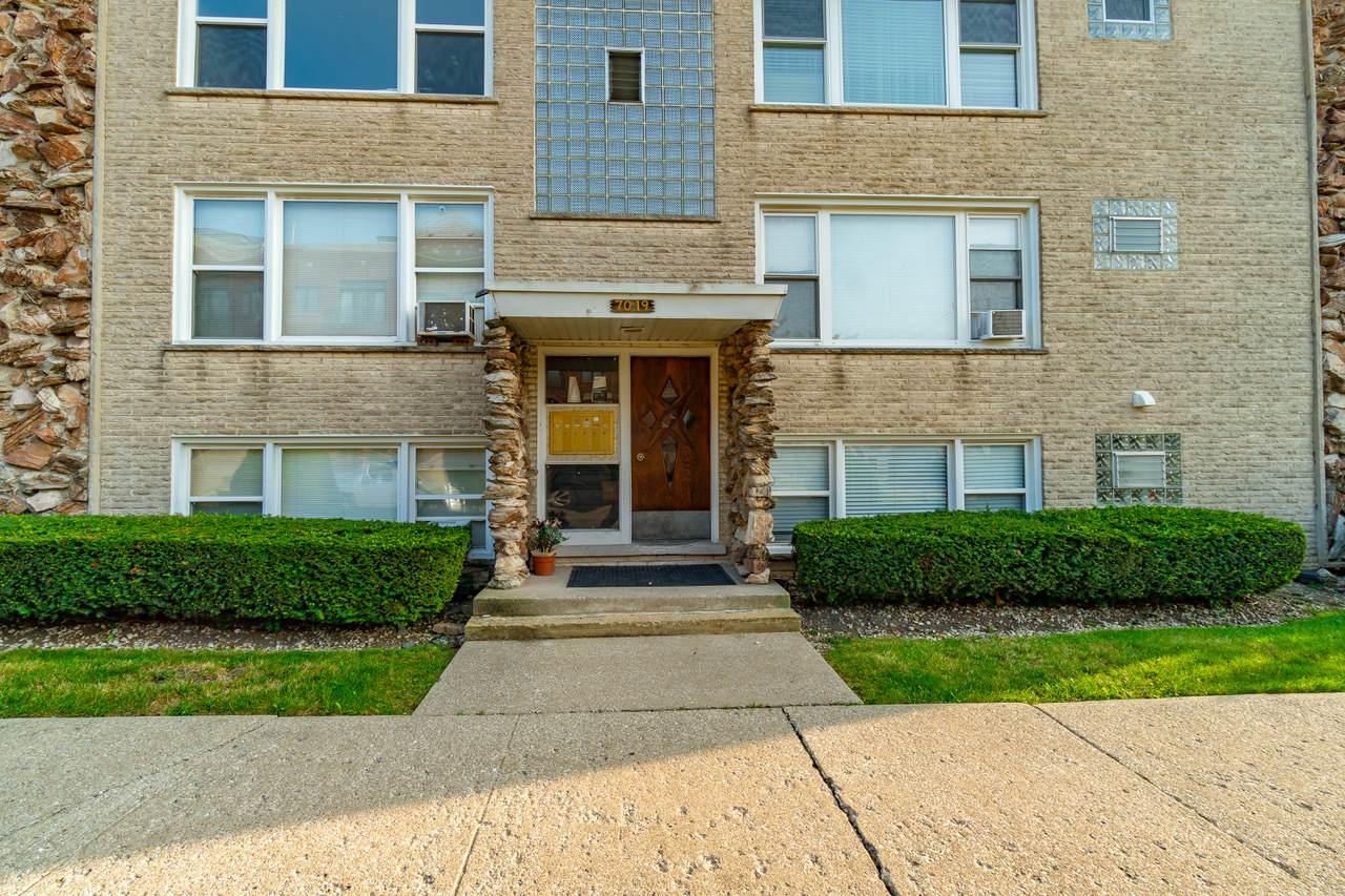 7019 Medill Avenue - Photo 1