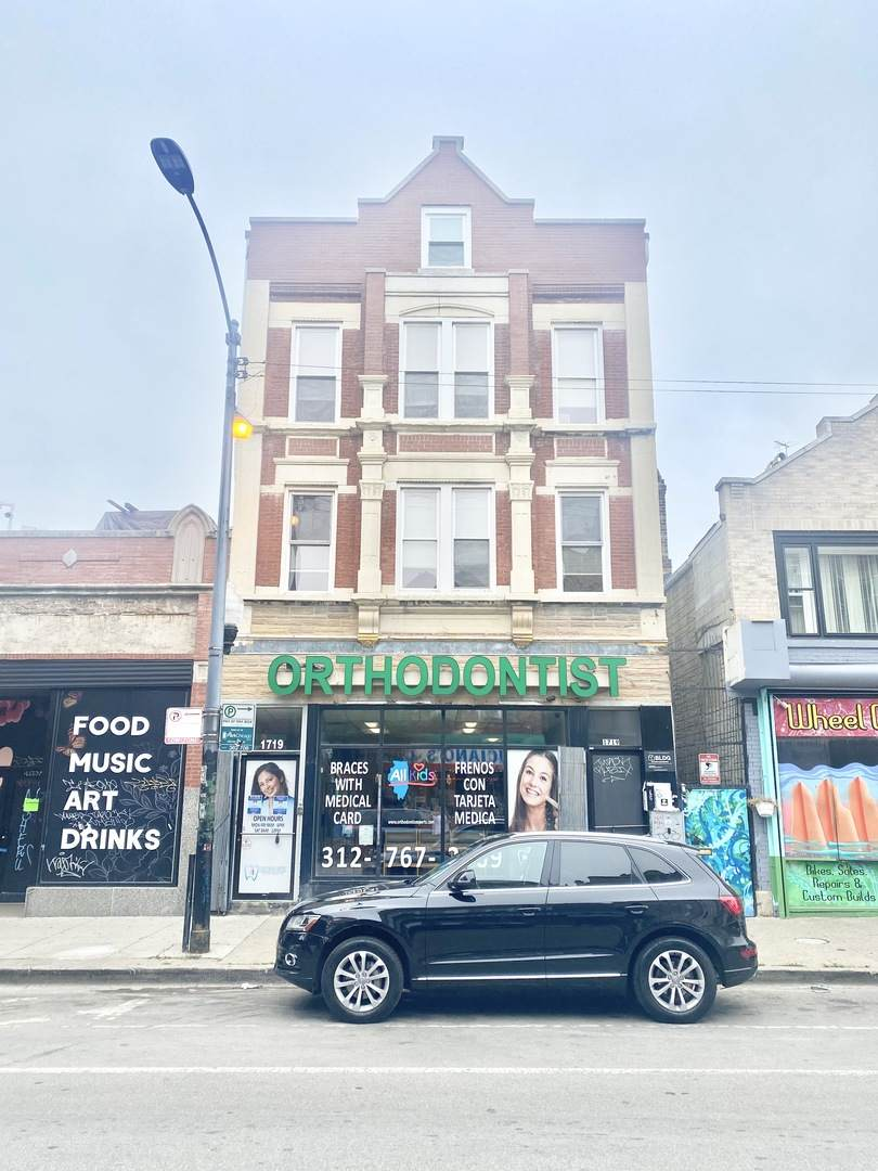 1719 18th Street - Photo 1