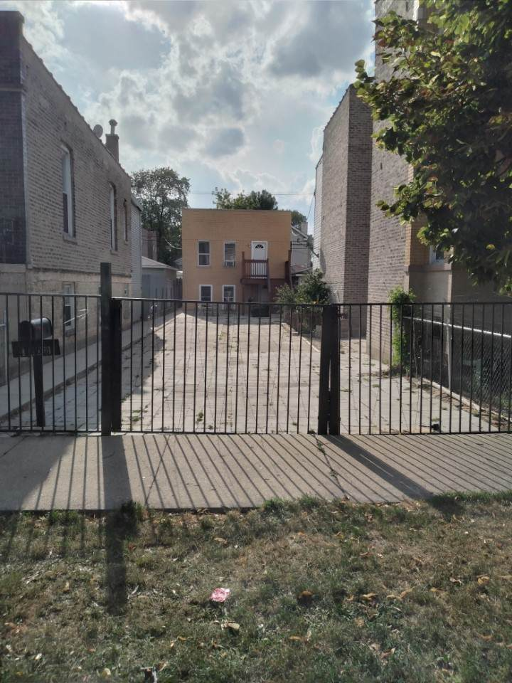 1408 Ridgeway Avenue - Photo 1