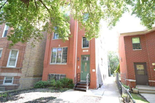 1343 Leavitt Street - Photo 1