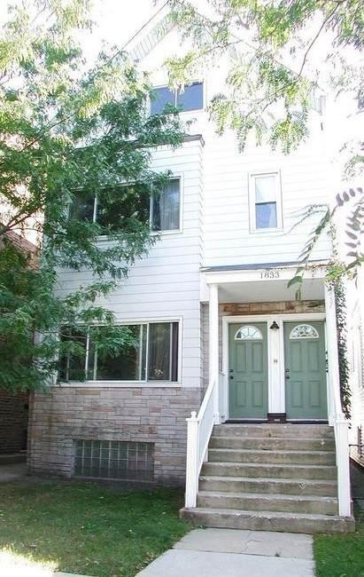 1833 Belle Plaine Avenue - Photo 1