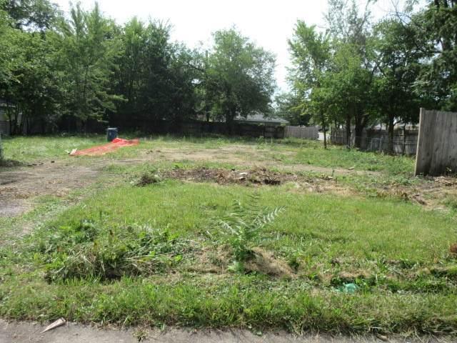 284 N Highland Avenue, Elmhurst, IL 60126 (MLS #11208580) :: Angela Walker Homes Real Estate Group