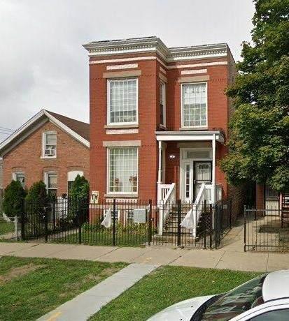 206 Albany Avenue - Photo 1