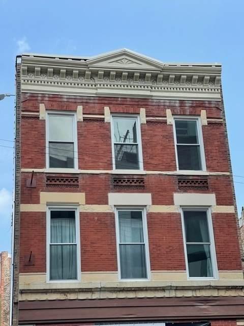 833 Milwaukee Avenue - Photo 1