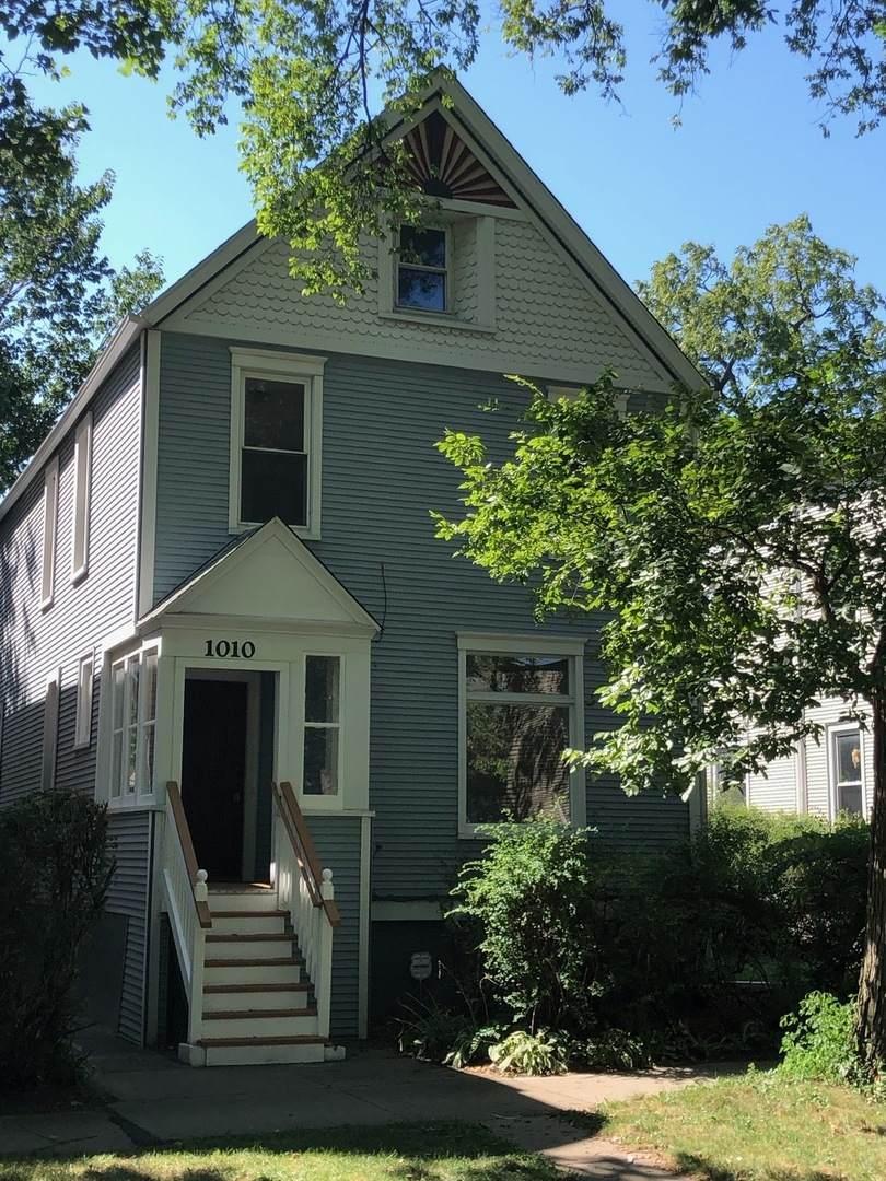 1010 Foster Street - Photo 1