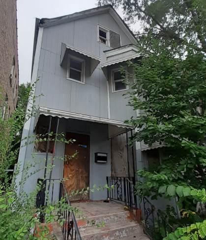 6121 Racine Avenue - Photo 1