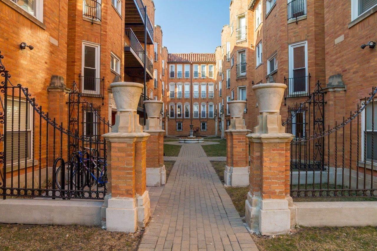 1638 Greenleaf Avenue - Photo 1