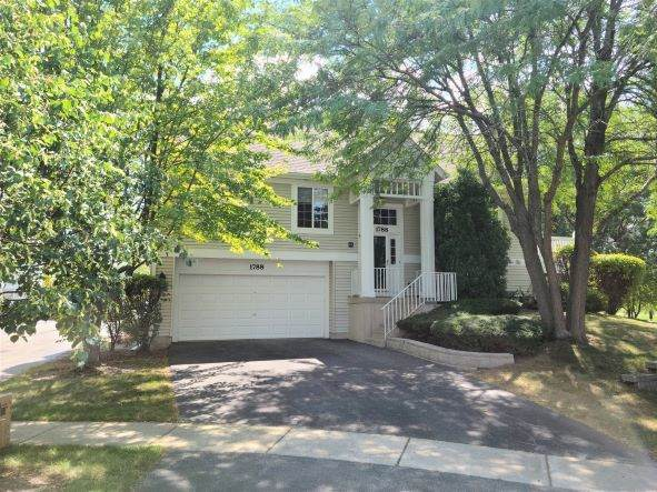 1788 Whirlaway Court, Glendale Heights, IL 60139 (MLS #11215922) :: The Wexler Group at Keller Williams Preferred Realty