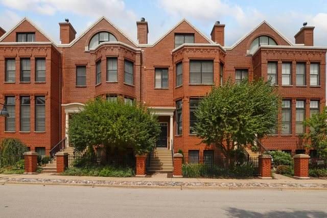 2004 Valor Court, Glenview, IL 60026 (MLS #11217058) :: John Lyons Real Estate