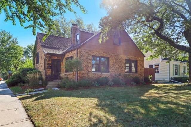 501 S Catherine Avenue, La Grange, IL 60525 (MLS #11219587) :: Angela Walker Homes Real Estate Group