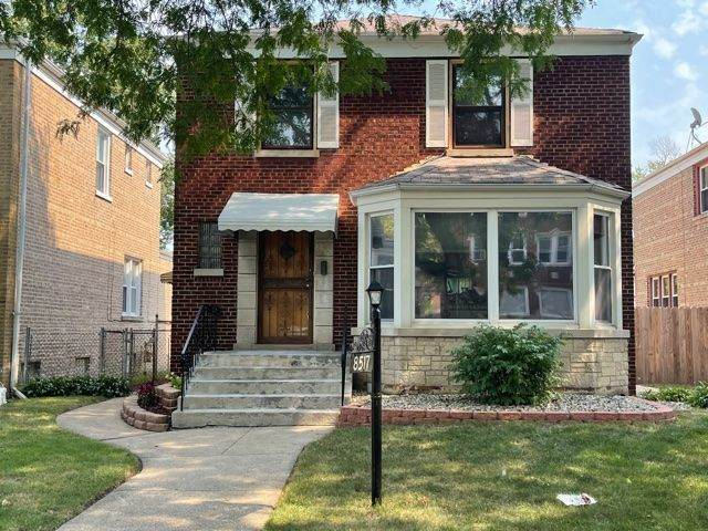 8517 S Bennett Avenue, Chicago, IL 60617 (MLS #11220225) :: Suburban Life Realty