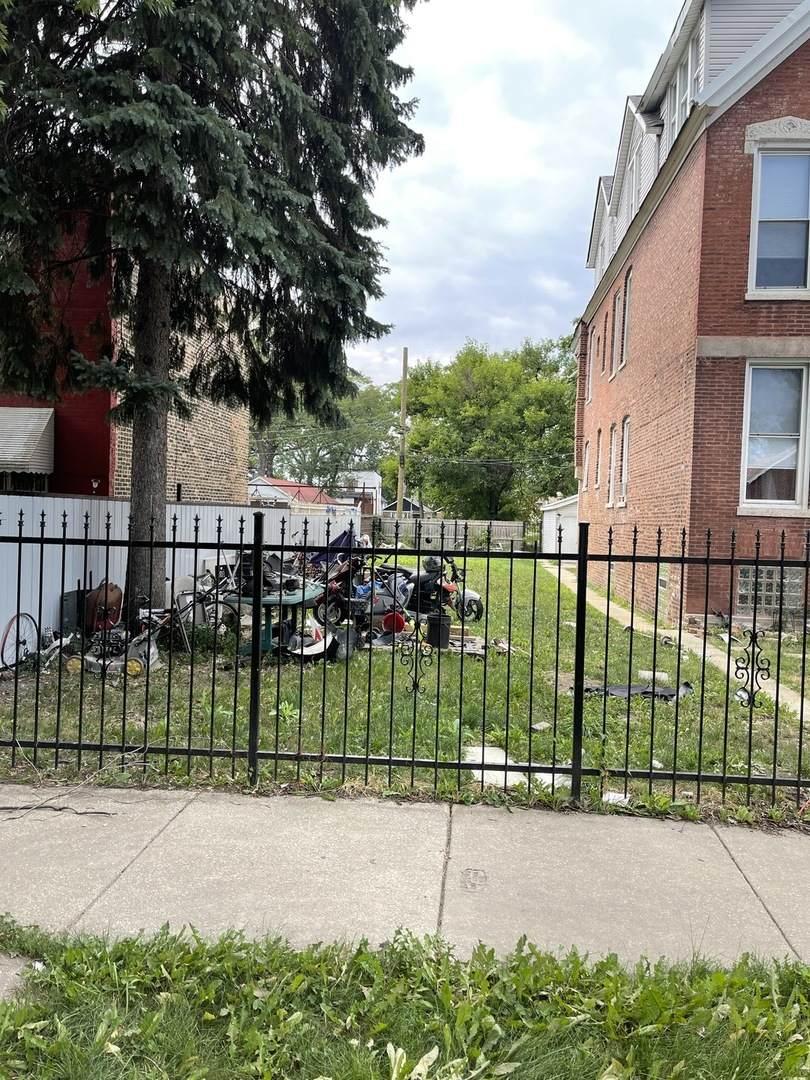 414 Hamlin Avenue - Photo 1