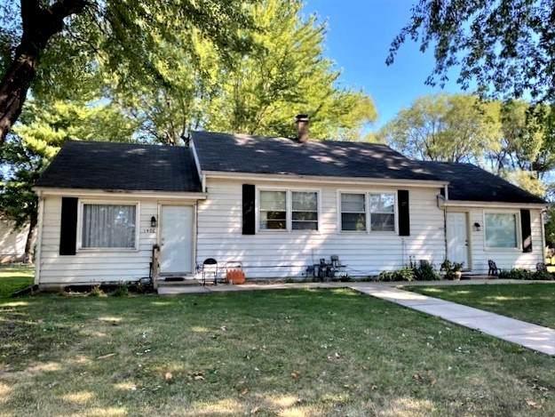 1404 W 3rd Street, Sterling, IL 61081 (MLS #11222383) :: John Lyons Real Estate