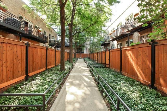 2015 W Willow Street #203, Chicago, IL 60647 (MLS #11222620) :: Helen Oliveri Real Estate