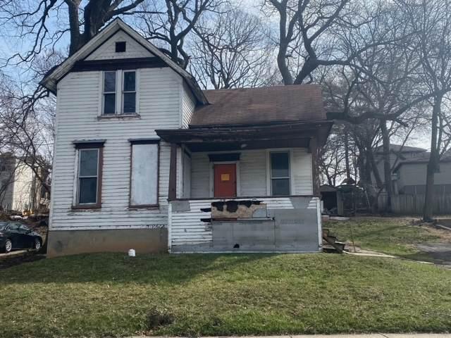 541 Wellington Avenue, Elgin, IL 60120 (MLS #11223037) :: Ryan Dallas Real Estate