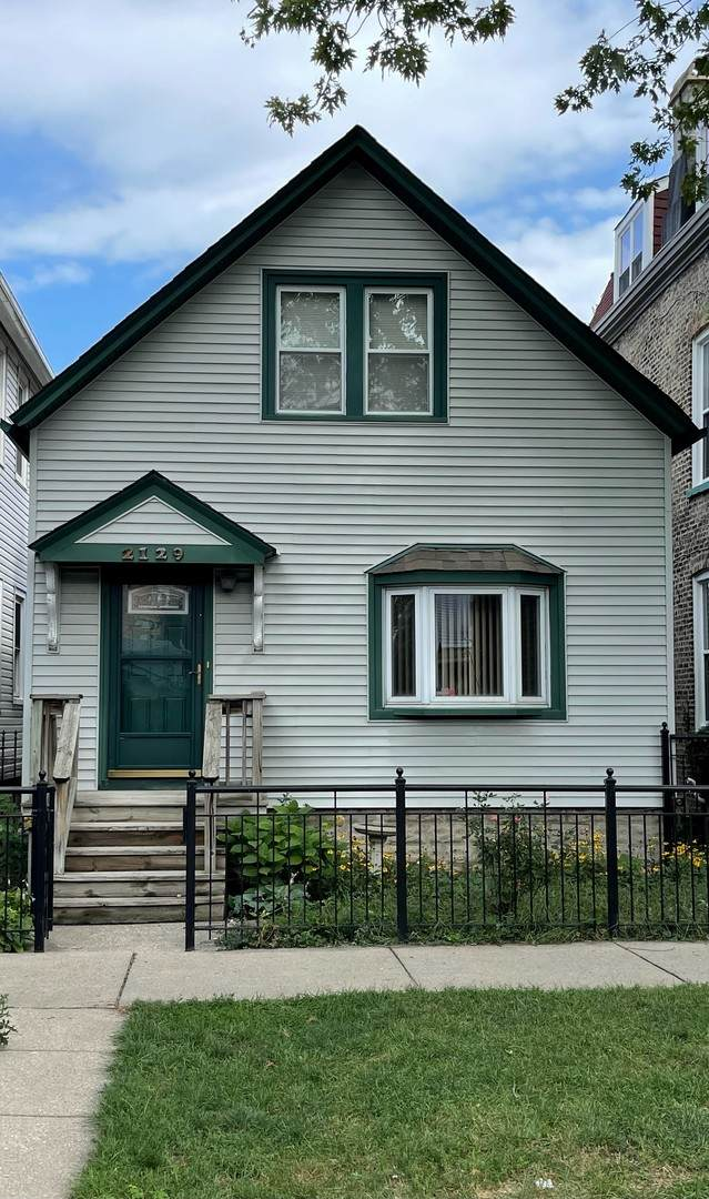 2129 N Maplewood Avenue, Chicago, IL 60647 (MLS #11225469) :: Touchstone Group