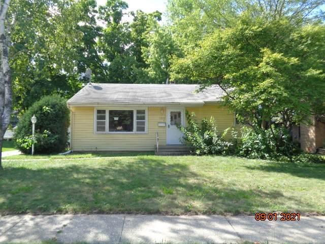 2315 24th Street, Rockford, IL 61108 (MLS #11225539) :: Lewke Partners - Keller Williams Success Realty