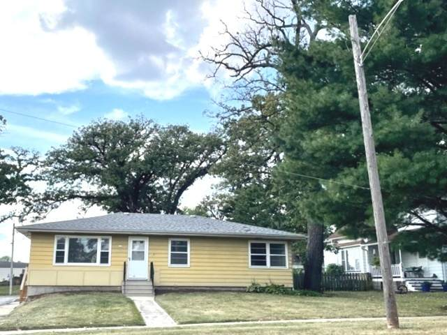 147 N Oak Street, Hinckley, IL 60520 (MLS #11226018) :: John Lyons Real Estate