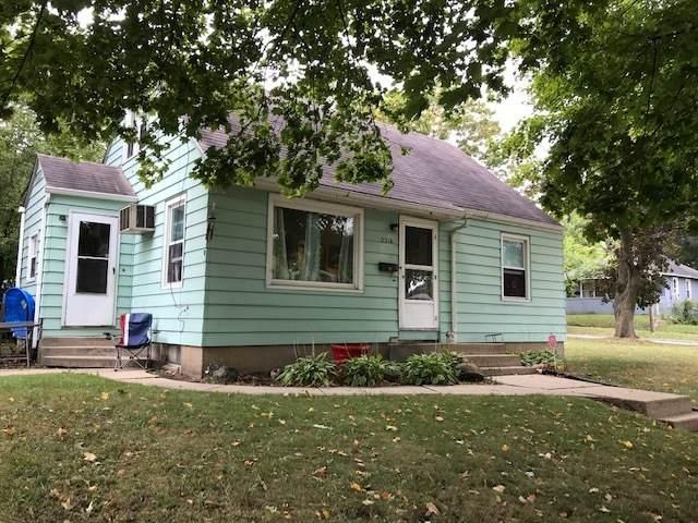 2316 Blaisdell Street, Rockford, IL 61101 (MLS #11226628) :: Lewke Partners - Keller Williams Success Realty