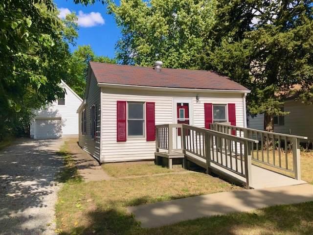 212 W 12th Street, Rock Falls, IL 61071 (MLS #11226702) :: John Lyons Real Estate