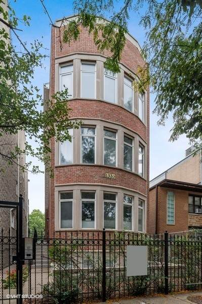 1320 N Cleveland Avenue #3, Chicago, IL 60610 (MLS #11226745) :: The Wexler Group at Keller Williams Preferred Realty