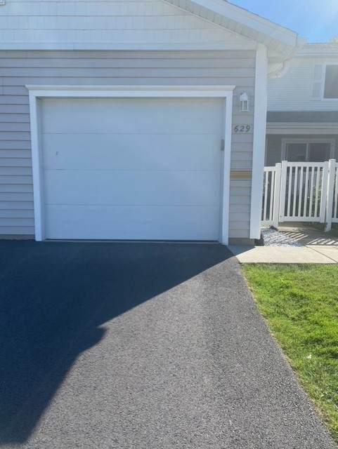 629 Breakers Point #0, Schaumburg, IL 60194 (MLS #11233360) :: John Lyons Real Estate