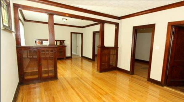 9238 S Dobson Avenue, Chicago, IL 60619 (MLS #11234534) :: John Lyons Real Estate