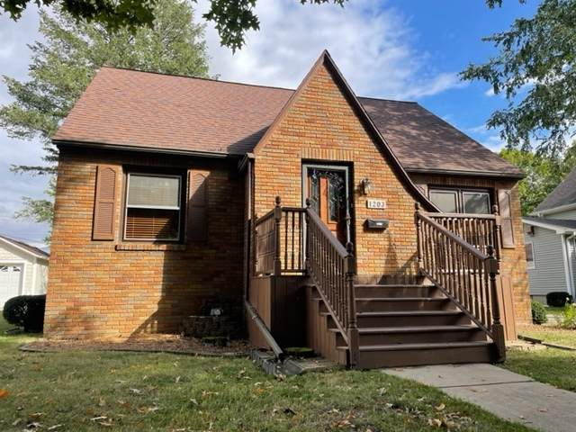 1203 Pennsylvania Avenue, Mendota, IL 61342 (MLS #11237652) :: John Lyons Real Estate