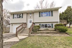 8923 Oriole Trail, Wonder Lake, IL 60097 (MLS #11241967) :: John Lyons Real Estate