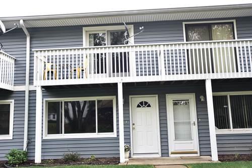 34250 N Birch Lane 28C, Gurnee, IL 60031 (MLS #11242376) :: John Lyons Real Estate