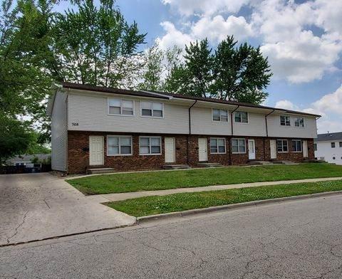 705 N Golfcrest Road, Normal, IL 61761 (MLS #11243203) :: The Wexler Group at Keller Williams Preferred Realty