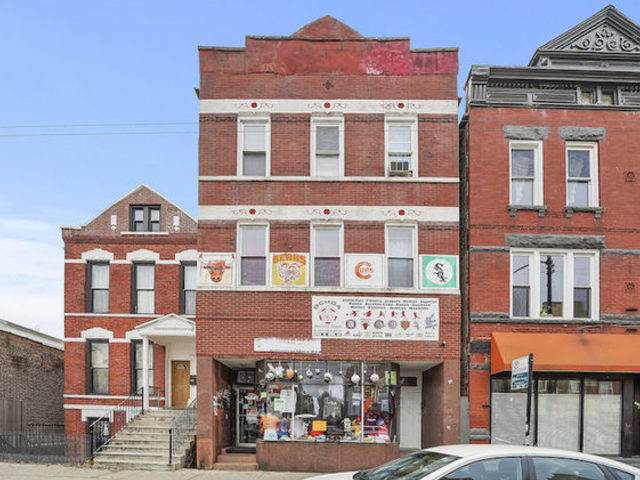 1749 W 18th Street, Chicago, IL 60608 (MLS #11243532) :: Angela Walker Homes Real Estate Group