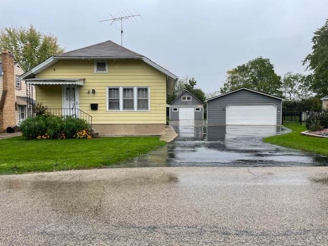 1045 Bishop Street, Antioch, IL 60002 (MLS #11246020) :: The Wexler Group at Keller Williams Preferred Realty