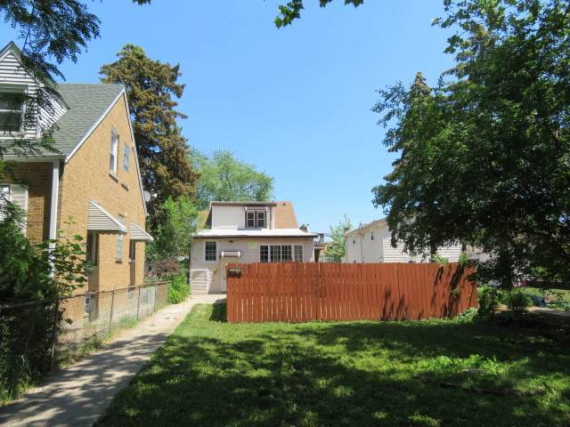 3011 N Nordica Avenue, Chicago, IL 60634 (MLS #11246336) :: The Wexler Group at Keller Williams Preferred Realty