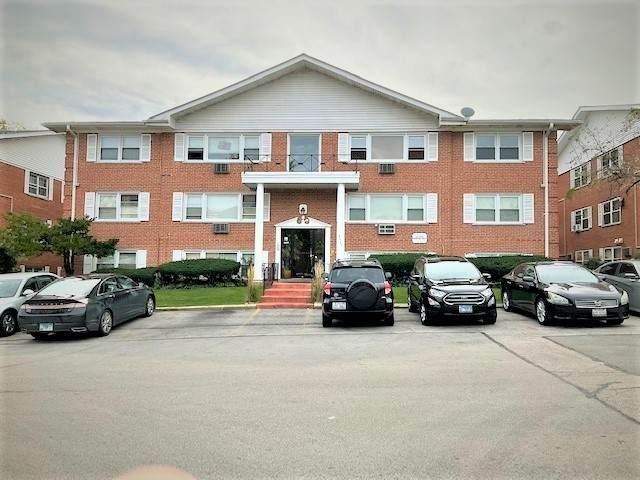 8440 W 95TH Street, Hickory Hills, IL 60457 (MLS #11246590) :: John Lyons Real Estate