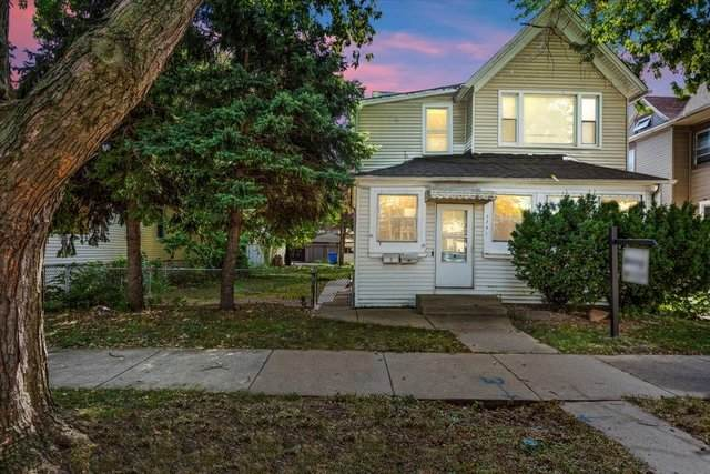 3731 W 63rd Place, Chicago, IL 60629 (MLS #11246811) :: John Lyons Real Estate