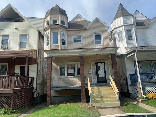 7950 S Brandon Avenue, Chicago, IL 60617 (MLS #11247787) :: Rossi and Taylor Realty Group