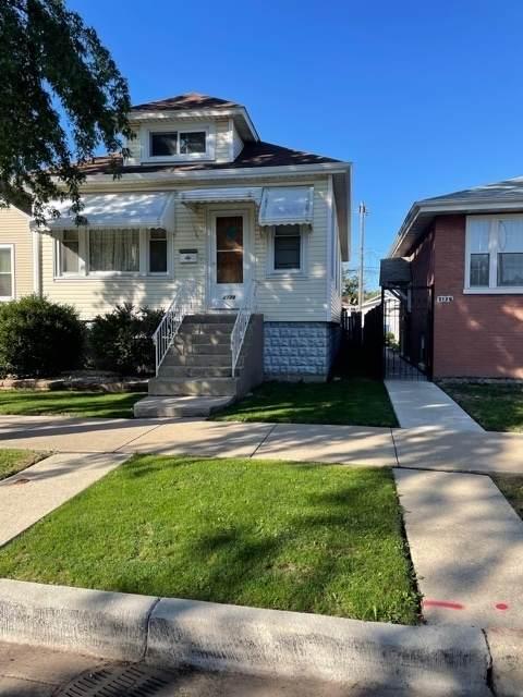 2128 N Marmora Avenue, Chicago, IL 60639 (MLS #11249692) :: John Lyons Real Estate