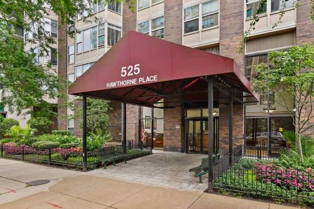 525 W Hawthorne Place #2008, Chicago, IL 60657 (MLS #11252019) :: Touchstone Group