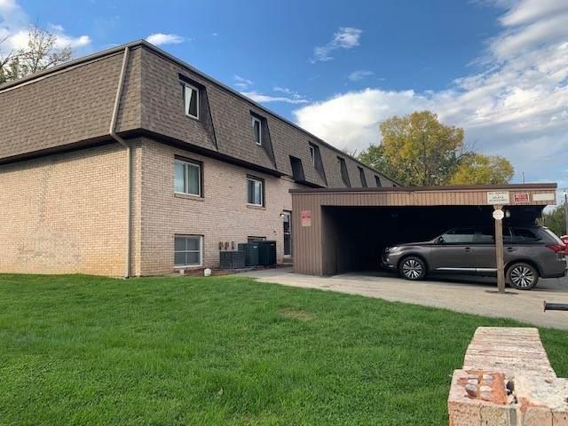 109 Urban Street #3, Bloomington, IL 61704 (MLS #11252460) :: Jacqui Miller Homes