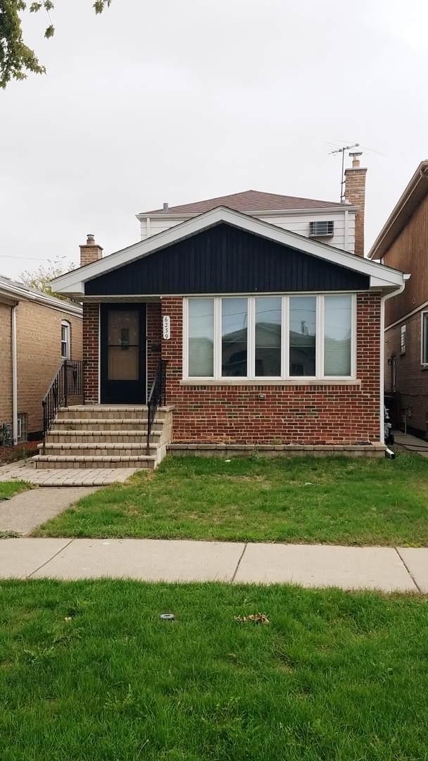 6239 S Nashville Avenue, Chicago, IL 60638 (MLS #11253889) :: Helen Oliveri Real Estate