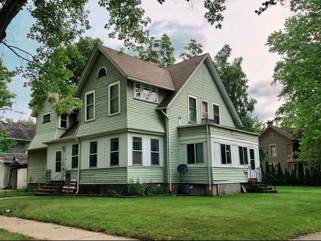403 Grand Avenue, Aurora, IL 60506 (MLS #11253904) :: Helen Oliveri Real Estate