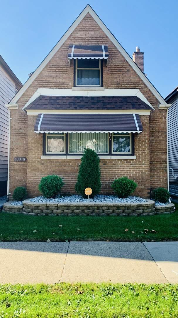 13318 S Burley Avenue, Chicago, IL 60633 (MLS #11255385) :: The Wexler Group at Keller Williams Preferred Realty