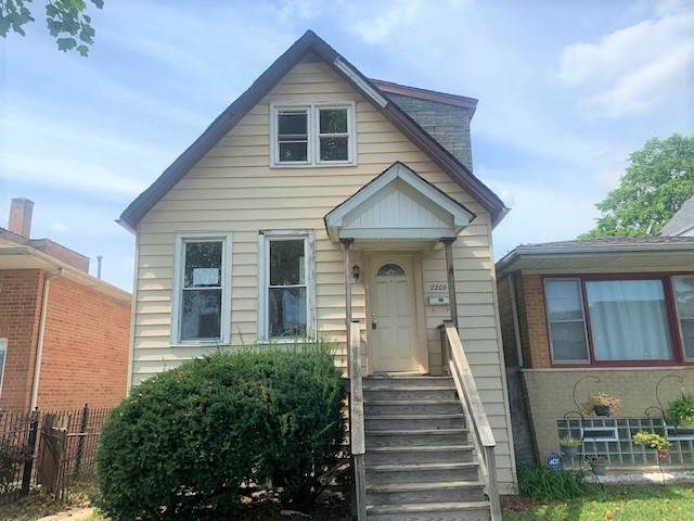 2208 N Knox Avenue, Chicago, IL 60639 (MLS #11255652) :: The Wexler Group at Keller Williams Preferred Realty